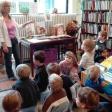 Könyvtári látogatás nefelejcs